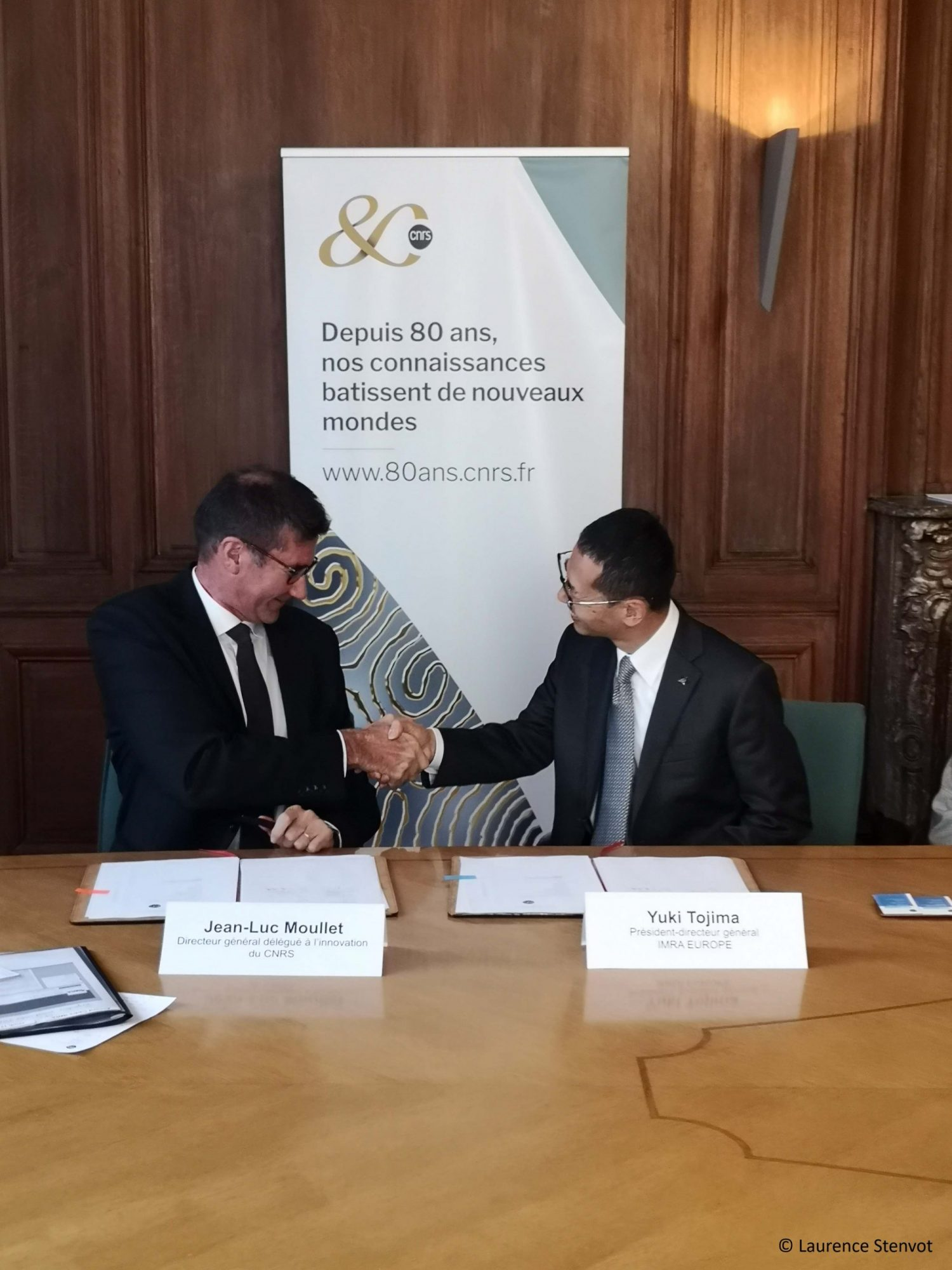 IMRA and the CNRS sign a collaborative Framework Agreement